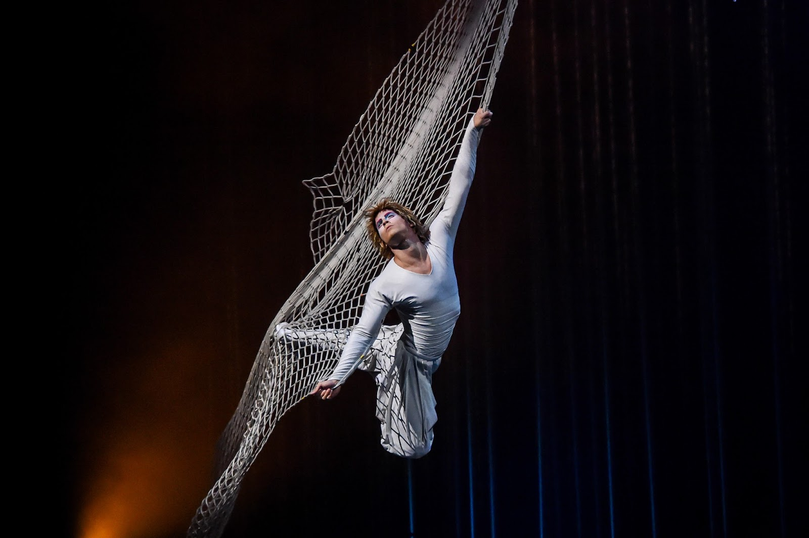 Cirque du Soleil Varekai | Newcastle Review & Tickets  - Icarus flying