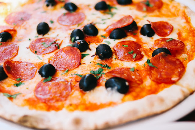 وصفة بيتزا مجمدة صنع بيتي