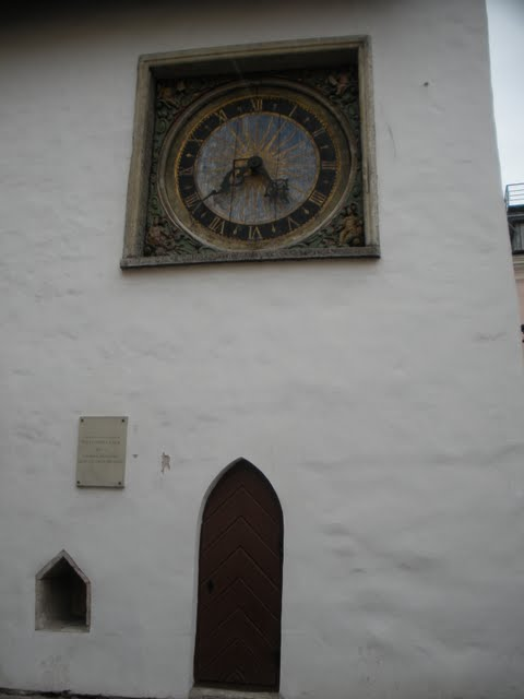 Clock on Tallinn's old town square