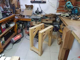 Freze tezgah ayaklarının montajı