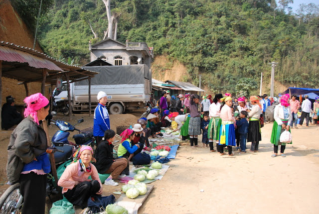 Bao Lam Market, Cao Bang