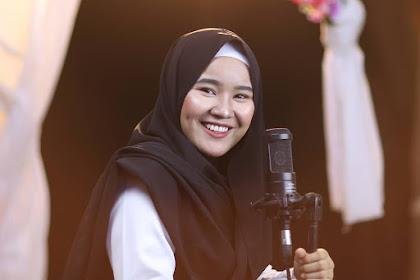 Profile dan Biodata Fitriana Kamila Pelantun Sholawat
