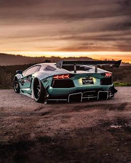 Download Lamborghini wallpaper for mobile