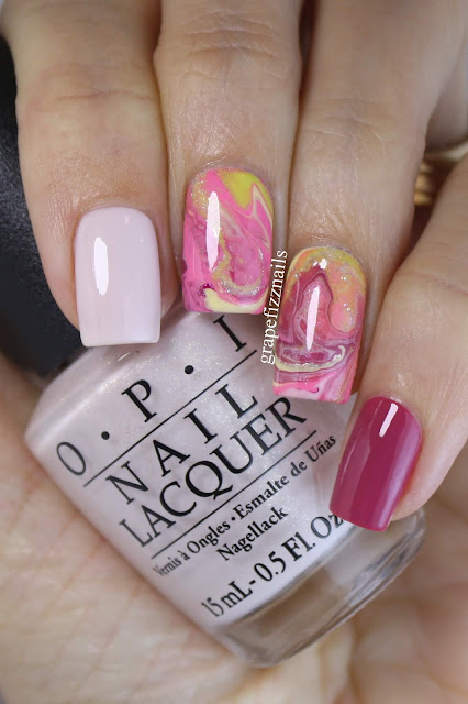 Drip Marble Manicure