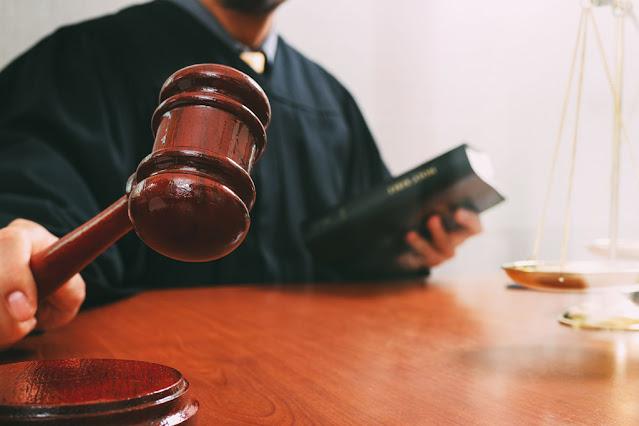 Công ty luật, luật sư uy tín, sách luật, văn phòng luật sư tphcm, hà nội, đà nẵng, uy tín, tranh chấp, di chúc thừa kế, nhà đất, thành lập doanh nghiệp, bảo vệ tại tòa án, lý lịch tư pháp, sách luật hay, thư viện trường học, ly hôn, phần mềm quản lý công ty luật, bình luận án lệ, COVID-19, luận văn, luận án