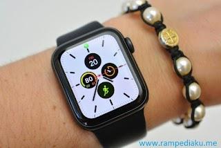 Apple Watch Series 5 Sudah Mulai Dijual di India Hari Ini