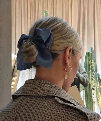https://s-fashion-avenue.blogspot.com/2020/04/springsummer-2020-hair-accessory-trends.html