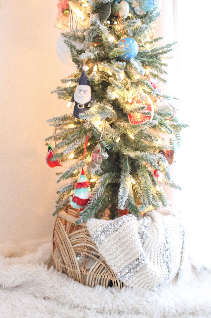basket Christmas tree base