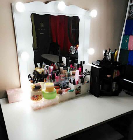 Kate Vanity Mirror Kini Menjadi Kegilaan Wanita Memilikinya