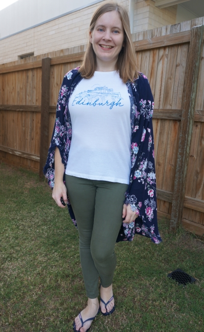 floral kimono and primark Edinburgh graphic tee olive skinny jeans | away from the blue