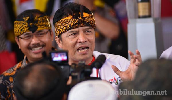 """Dukung Aksi 2 Desember, Bupati Bandung: """"Umat Muslim Harus Membela Agama Allah Apapun Itu yang Terjadi"""" : Berita Terhangat Hari Ini"""