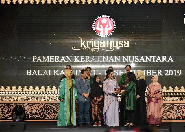 Feby Deru Angkat Kain Batik Durian Lubuk Linggau ke Kancah Nasional