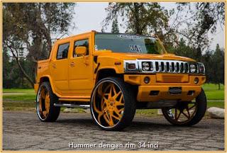 Gambar Hummer berwarna kuning dengan rim tayar bersaiz 34 inci