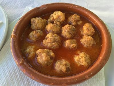 Tapa de albóndigas del restaurante Venta de Gaeta