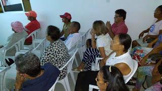 Policial do 4º BPM promove mais uma sessão de cinema para moradores do Cidade Madura em Guarabira