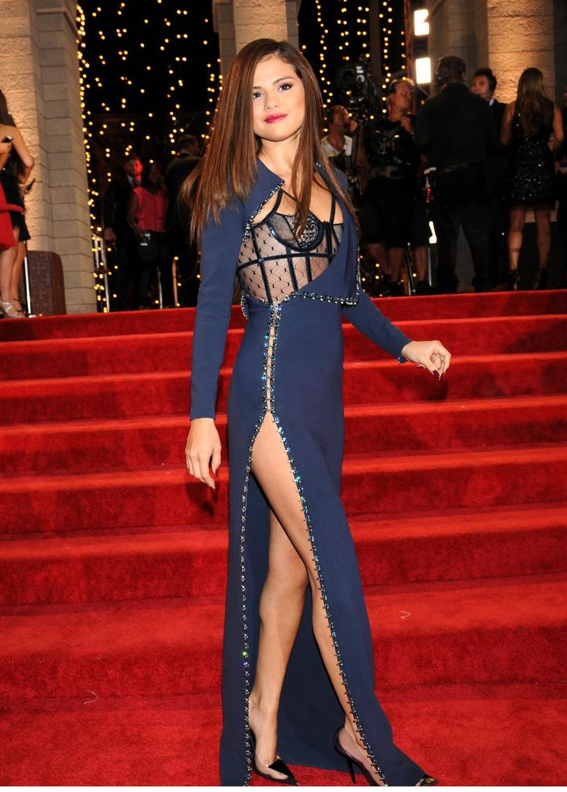 Stitch Best Dressed Vma S Selena Gomez