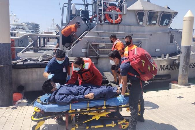 LOS CABOS: ¡La Armada evacuó a un filipino!