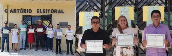 Prefeito, vice e vereadores eleitos de Altaneira recebem diploma no cartório eleitoral
