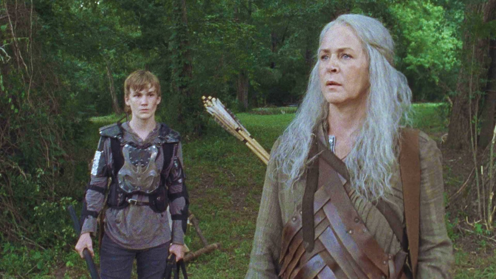 Carol y Henry, en el episodio 9x07 Stradivarius deThe Walking Dead