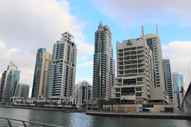 #TheLifesWayCaptures - Dubai Marina Walk #Dubai #UAE - #PhotoReviews