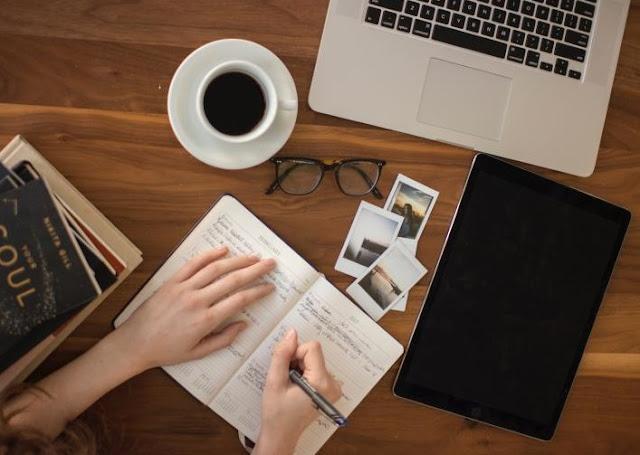 Menambah Admin Dan Penulis Baru Di Blog