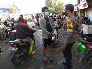 Penegakan Disiplin Prokes, Bhabinkamtibmas Gusung berikan Edukasi TPI Paotere