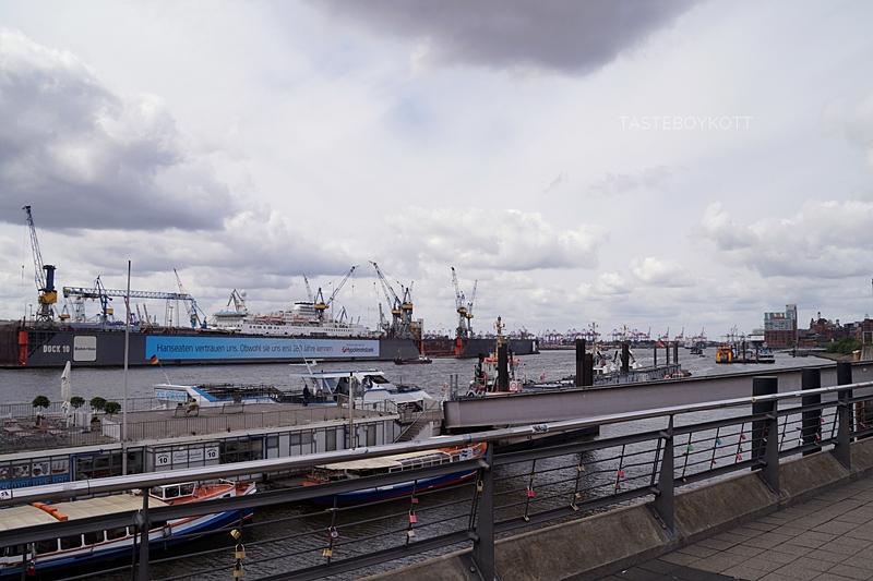 Hamburg Landungsbrücken & Hafenrundfahrt