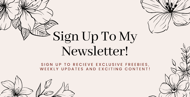 A pink and grey banner asking for you to sign up to my newsletter below.