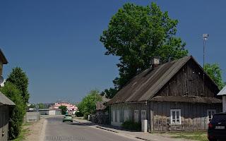 http://fotobabij.blogspot.com/2016/03/bigoraj-drewniane-domy-przy-ularmii.html