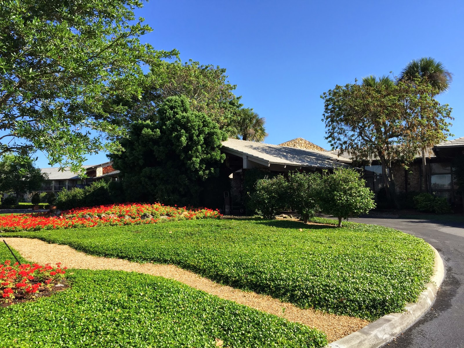 TASTE OF HAWAII: ARNOLD PALMER\'S BAY HILL CLUB AND LODGE