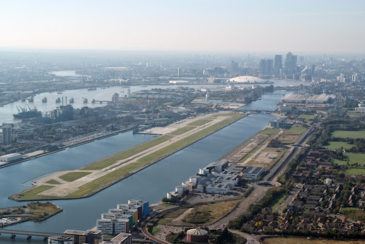 london city airport landing