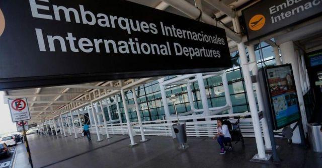 Aeropuerto AMB de Santiago