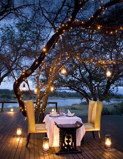 terrace, garden, small balcony, lights, lighting, outdoor space, decoration ideas, summer, economical solutions, light bulbs, lanterns, lantern, waterproof lights, led, sunlight, sun umbrella,