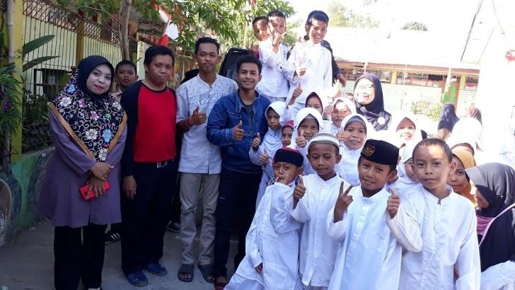 Guru dan Murid Di Kelurahan Bira Meberikan Sembako Pada Korban Bencana Tsunami/Gempa di Palu dan Donggala
