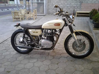 Motor Buruan Bengkel Builder XS-650 '71