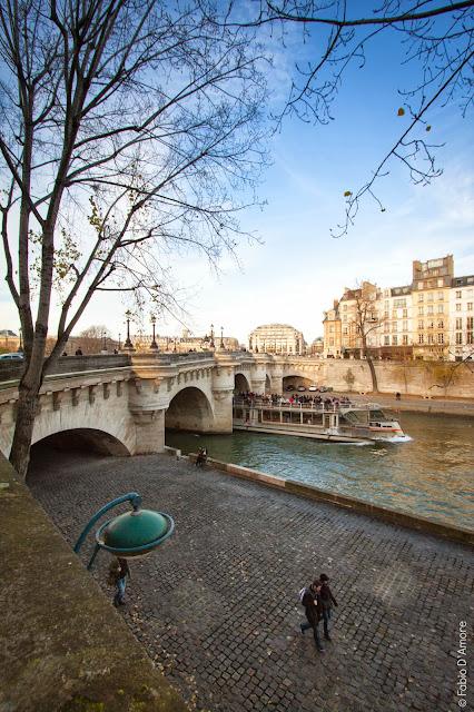Lungo la Senna-Parigi