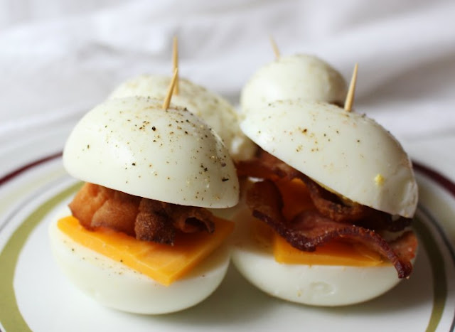 Low Carb Bacon & Eggers #healthy #breakfast