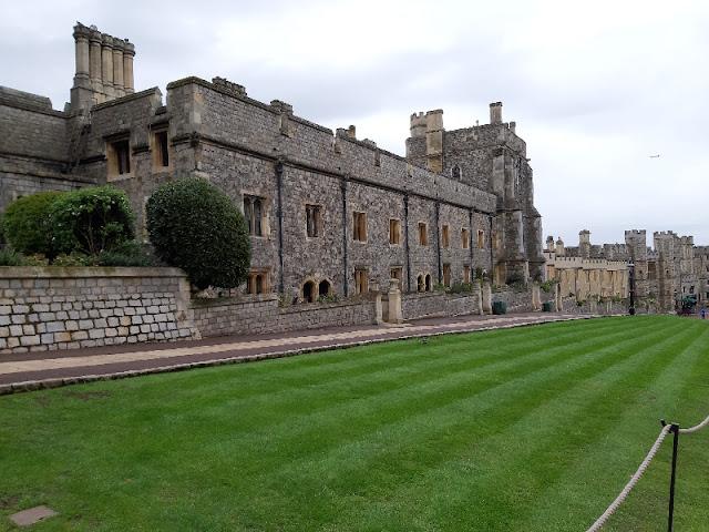 Mengunjungi Windsor Castle