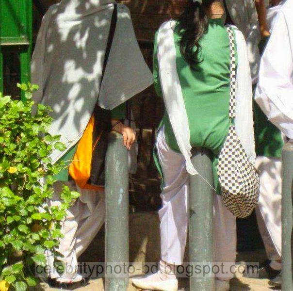 Deshi Hot Village College Girls and Cute College Girls Photos New Collection 2014-2015