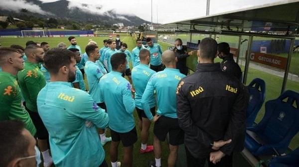 """Veja quem são os jogadores que """"lideram o motim"""" para que a Seleção não jogue a Copa América"""
