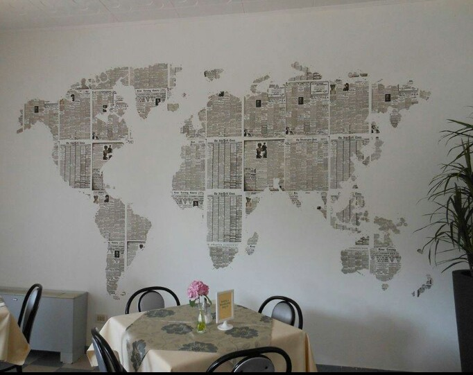 newspaper wall art ~ ideas arts and crafts projects