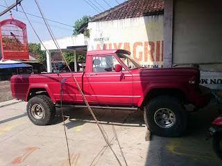 Jeep Gladiator J20 Mesin Asli Bensin