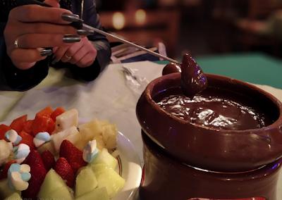 Aproveite a promoção de fondue do Restaurante Trás os Montes