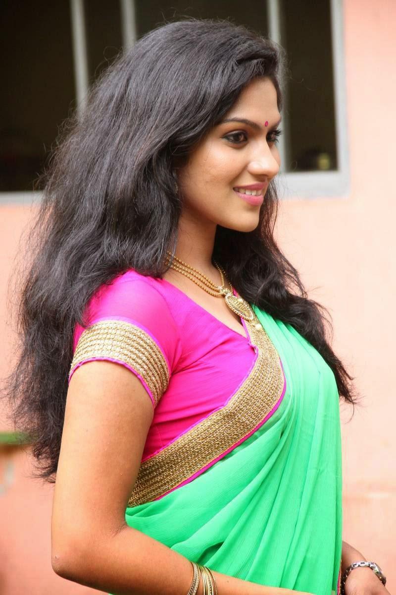 Geetha Pallavi Hot Spicy Navel In Red Half Saree South Actress Raj Sushmita Sen Swasika Swathi Dixit Hot Navel Photos Malayalam Actress