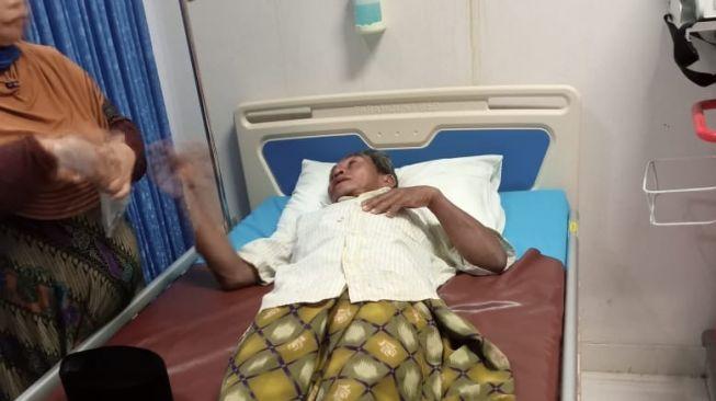 Astaga! Kakek Tukang Azan Dianiaya Seorang Pemuda di Musala, Giginya Sampai Lepas