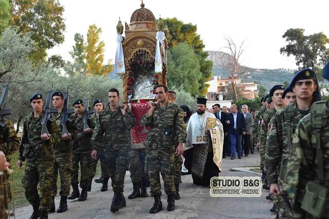 Γιόρτασαν τον Άγιο Δημήτριο στο στρατόπεδο Ναυπλίου (βίντεο)