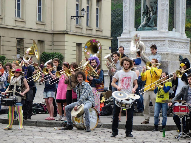 Things to do in Lyon France in 3 days: Watch out for street performers like Fanfare Piston