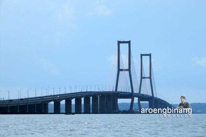 jembatan suramadu surabaya