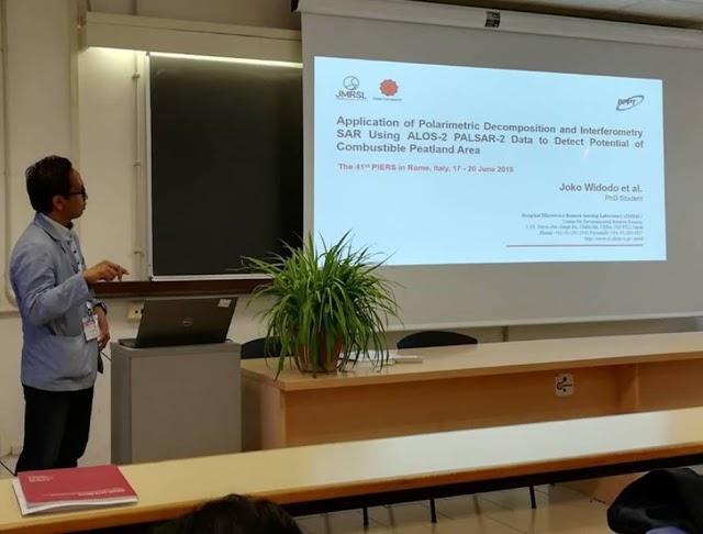 Pendiri IN@SAR, sebagai pembicara pada PIERS 2019 Conference di Roma, Italy