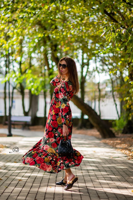 LOOK OF THE DAY FLORAL DRESS STRADIVARIUS